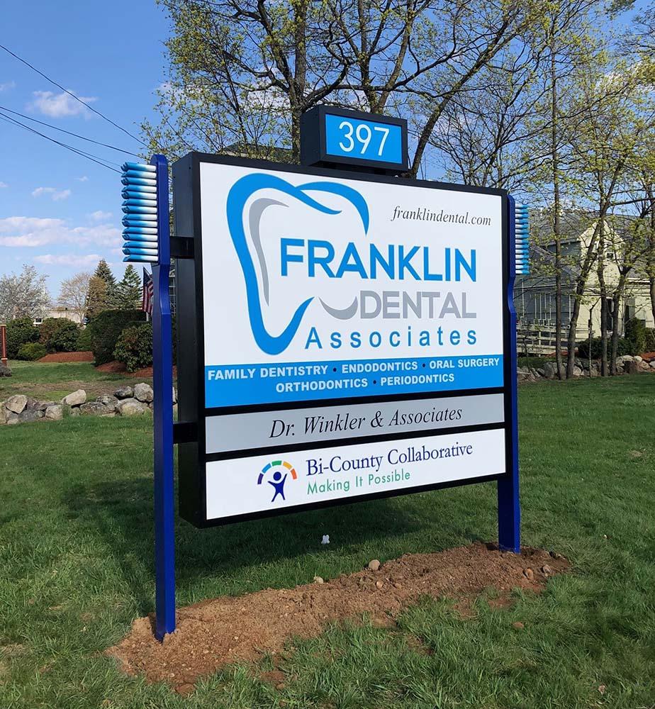 Franklin Dental Associates Sign